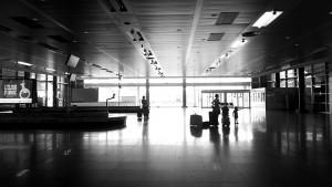 airport-1119696_640